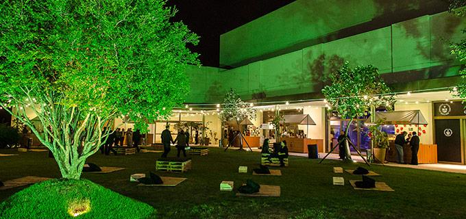 Música e Gastronomia. Parte externa Beer   Garden. Foto  Divulgação. Shopping  Iguatemi Esplanada 4e1fb866dd