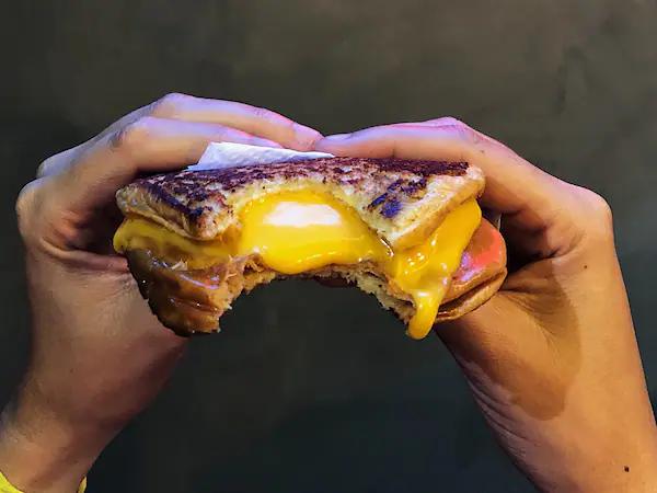 melt josefinas burger