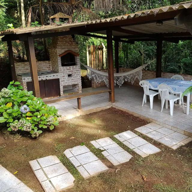refugio verde jandira airbnb