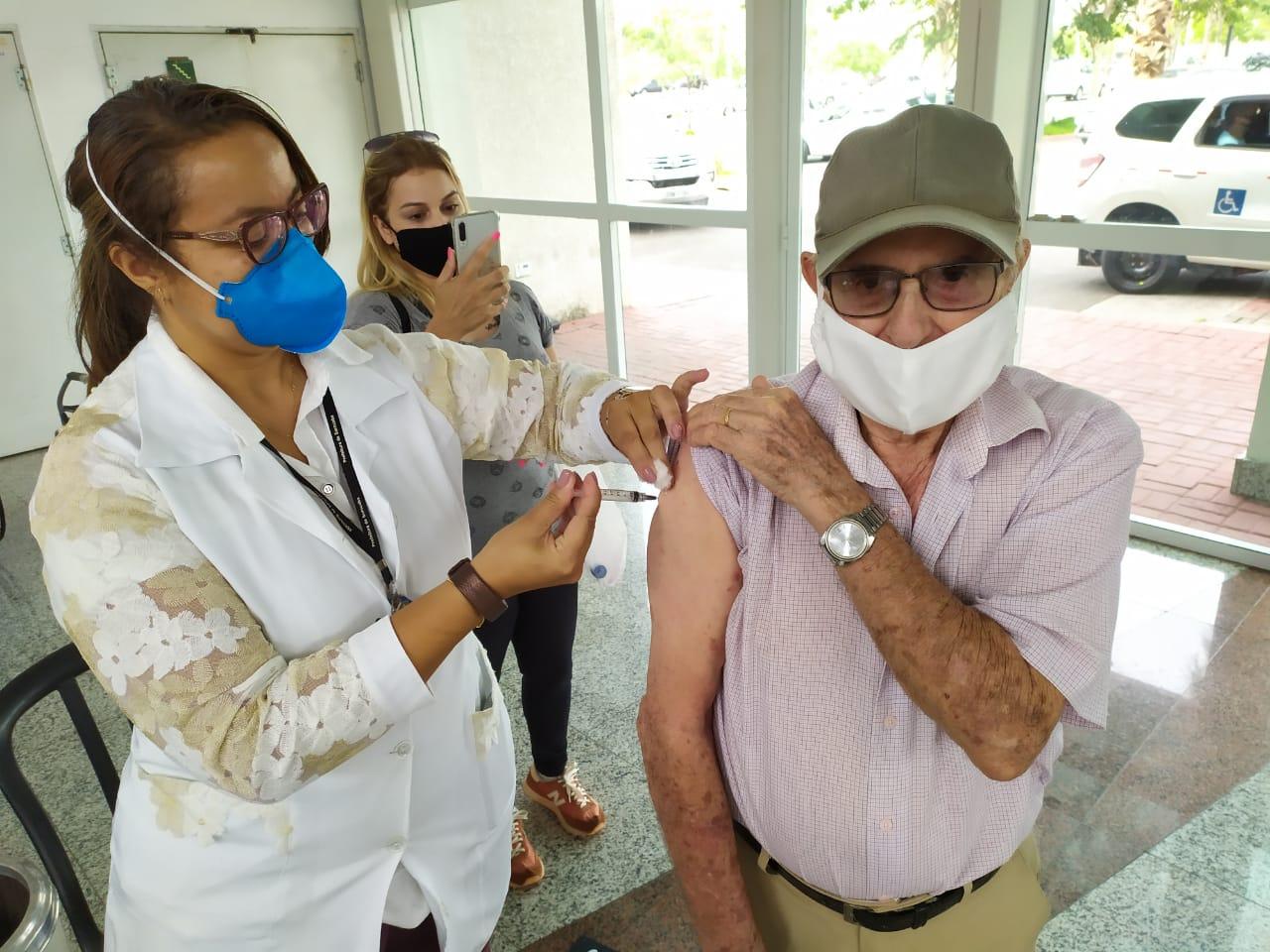 vacinacao idosos 02