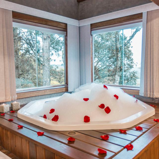 chale romantico banheira